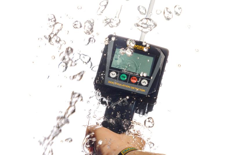 barato bueno seguro fiable detector celo silencioso asintomático para perros resistente al agua polvo desinfección garantía mantenimiento producido en Polonia Olsztyn